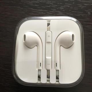 アップル(Apple)のiphone アップル純正 イヤホン✨✨(ヘッドフォン/イヤフォン)