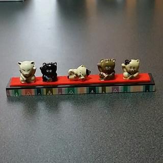 猫の置物 陶器製 雑貨(置物)