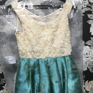 エメ(AIMER)のAimer ドレス(ミディアムドレス)