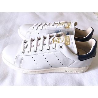 アディダス(adidas)の新品 スタンスミス リーコン 23 ホワイト レザー 専用箱 ネイビー 紺(スニーカー)