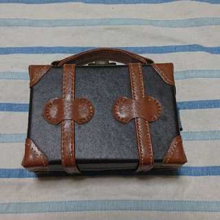デジタルカメラ ケース トランク型 レトロ 撮影小道具にも(ケース/バッグ)