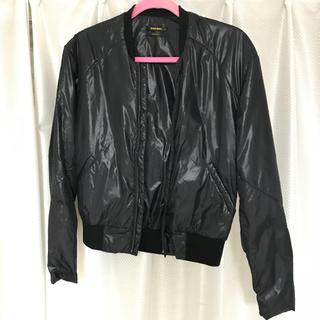 ディーゼル(DIESEL)のDIESEL ブラックゴールド ナイロンブルゾン 中綿入 XS 黒 美品(ブルゾン)
