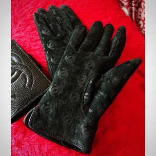 シャネル(CHANEL)のシャネル レア グローブ 手袋 ブラック(手袋)