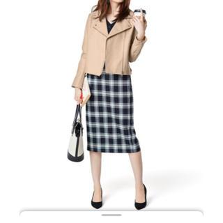 ジーユー(GU)のgu  チェック ナロー ミディ スカート(ひざ丈スカート)