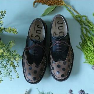 ジュコ(JUCO.)の(再再値下げしました)JUCO. ハンドペイントシューズ(ローファー/革靴)