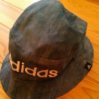 アディダス(adidas)のバケットハット 帽子  adidas 未使用に近い お値下げしました(その他)