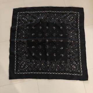 ビームス(BEAMS)のmanipuriシルクスカーフ ブラック(バンダナ/スカーフ)