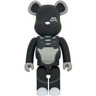 BE@RBRICK NIKE SB BLACK 1000%  ベアブリック