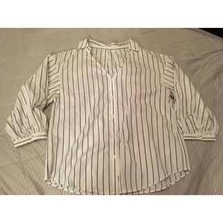 ジーユー(GU)のGU ストライプパフスリーブシャツ 7分袖(シャツ/ブラウス(長袖/七分))