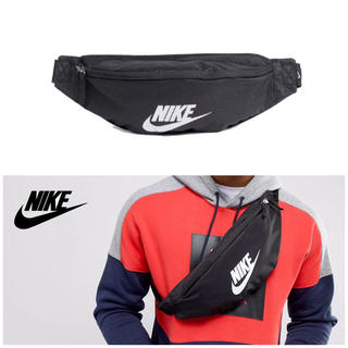 ナイキ(NIKE)の【人気】Nike ウエストポーチ ボディバッグ新品(ウエストポーチ)