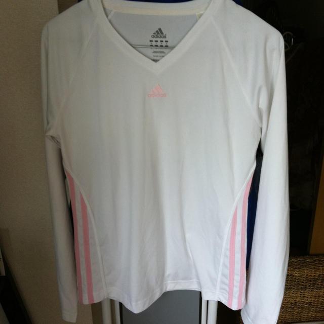 adidas(アディダス)のadidas♡ レディースのトップス(Tシャツ(長袖/七分))の商品写真