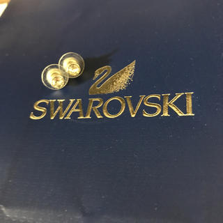 スワロフスキー(SWAROVSKI)のピアス(ピアス)