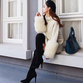 リエンダ(rienda)のrienda faux fur スリーブ オフタートルニットワンピース(ミニワンピース)