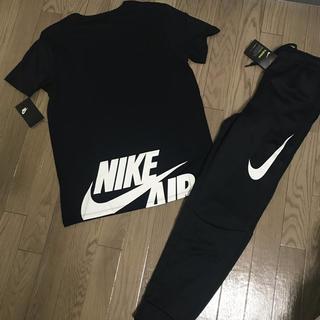 ナイキ(NIKE)の新品未使用タグ付き✨NIKE BIG SWOOSH セットアップ 上下 Tシャツ(Tシャツ/カットソー(半袖/袖なし))