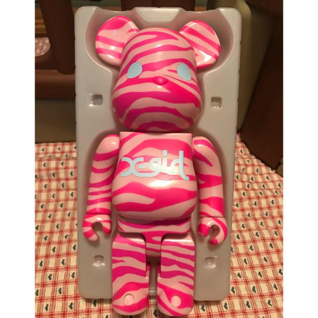 MEDICOM TOY(メディコムトイ)の専用 ベアブリック x-girl 400%✖️2 ピンク グリーン エンタメ/ホビーのフィギュア(その他)の商品写真