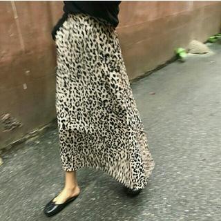 ザラ(ZARA)のS レオパードスカート(ロングスカート)