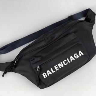 バレンシアガ(Balenciaga)のBalenciaga ウエストポーチ(ウエストポーチ)