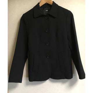 黒ジャケット(テーラードジャケット)