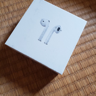 アップル(Apple)のAirPods 中古品 動作確認済み(ヘッドフォン/イヤフォン)