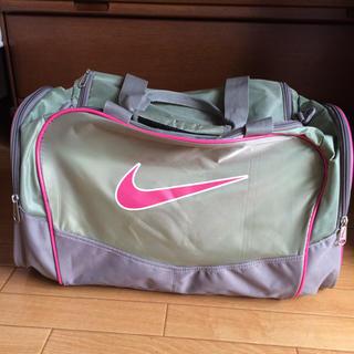ナイキ(NIKE)のNIKE スポーツバッグ(ボストンバッグ)
