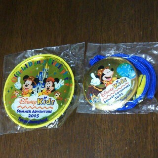 ディズニー(Disney)のディズニーリゾート☆ディズニーキッズアドベンチャー2005☆バッジ&ペンダント(バッジ/ピンバッジ)