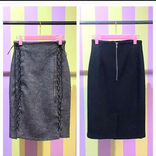 リルリリー(lilLilly)のリルリリー  レースアップタイトスカート(ひざ丈スカート)