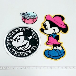ディズニー(Disney)のミッキー ミニー 特大ワッペン おまけ付き❤⑦(各種パーツ)