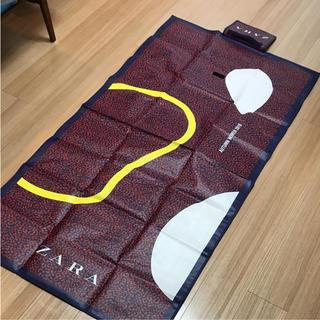 ザラ(ZARA)の【新品未使用】ZARAオリジナルピクニックマット(その他)