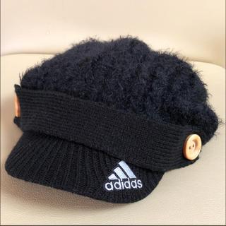 アディダス(adidas)のadidas つば付き ニット帽子 黒 冬 レディース フリーサイズ(ニット帽/ビーニー)