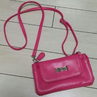 シマムラ(しまむら)のショッキングピンクお財布ショルダー ストラップ取り外し可能(財布)