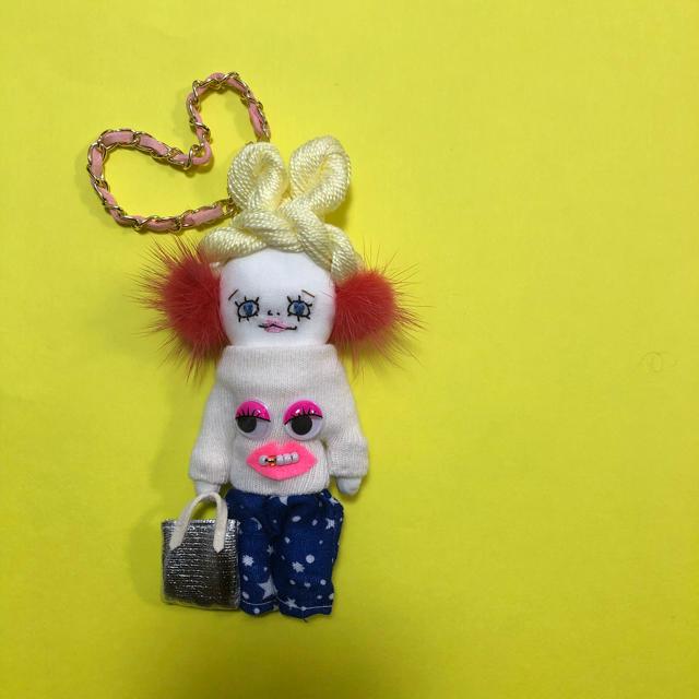 ドールチャーム チェーン付き ハンドメイドのファッション小物(バッグチャーム)の商品写真