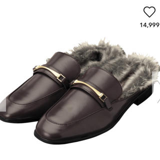ジーユー(GU)のgu完売フェイクファーローファースリッパブラウンS新品タグ付(ローファー/革靴)