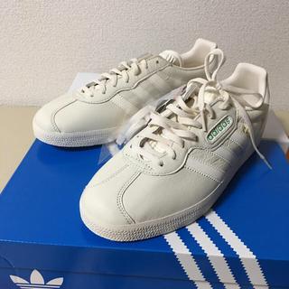 アディダス(adidas)のアディダス  G AZ ELL E   S U P E R   B E A MS(スニーカー)
