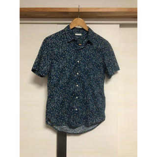 ジーユー(GU)のアロハシャツ (シャツ)