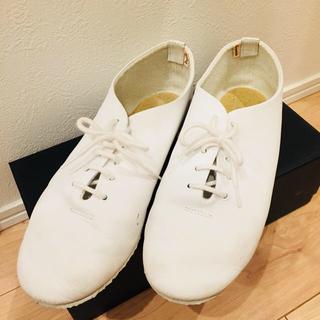 レペット(repetto)のレペット✳︎repetto✳︎ジャズ✳︎白✳︎傷あり(ローファー/革靴)