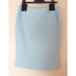 アルベルタフェレッティ(ALBERTA FERRETTI)のワールド新品ウール綺麗色スカートFilo di Seta(ひざ丈スカート)