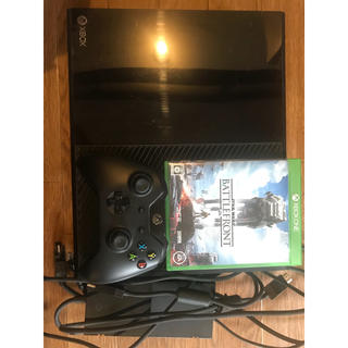 エックスボックス(Xbox)のX box One 本体 ソフト付き 値引きあり。(家庭用ゲーム機本体)
