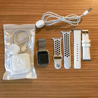 アップル(Apple)のアップルウォッチ3 GPSモデル 42mm バンド3本、ケーブル2本、カバー付き(腕時計(デジタル))