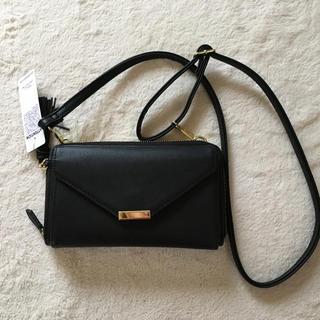 ジーユー(GU)のジーユー タッセルウォレット ショルダーバッグ(財布)