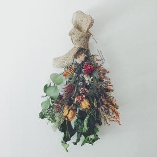 ミモザ ローズ ダリア ブラシの木のスワッグ  Antique dress II(ドライフラワー)