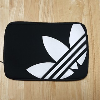 アディダス(adidas)のクラッチバッグ(その他)