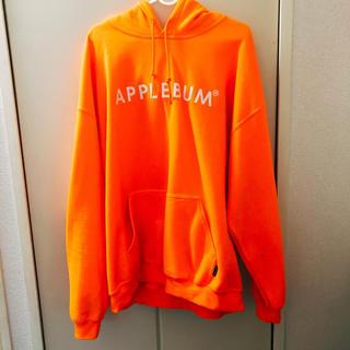 アップルバム(APPLEBUM)のAPPLEBUM オレンジ パーカー L(パーカー)