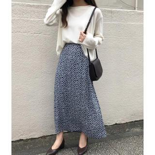アイスー(i-SOOK)のmono flower セミフレアスカート(ロングスカート)