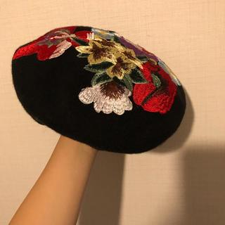 スピンズ(SPINNS)の刺繍 ベレー帽(ハンチング/ベレー帽)