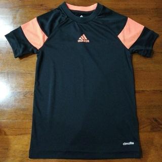 アディダス(adidas)のadidas Tシャツ130(Tシャツ/カットソー)