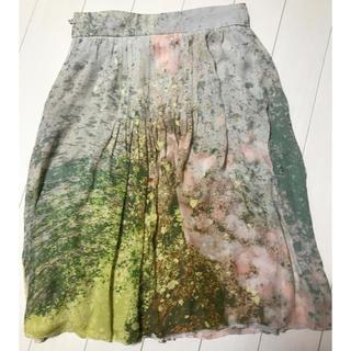 アクリス(AKRIS)のAKRIS、シルク花柄スカート💕(ひざ丈スカート)