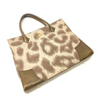 ヴィヴィアンウエストウッド(Vivienne Westwood)のVivienne Westwood shrink leather&patent(トートバッグ)