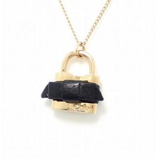 クロエ(Chloe)のクロエ パドロック リボン 南京錠 ゴールド ネックレス カデナ OS66(ネックレス)