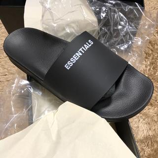 フィアオブゴッド(FEAR OF GOD)のFOG-Fear Of God-Essentials Slide Sandals(サンダル)
