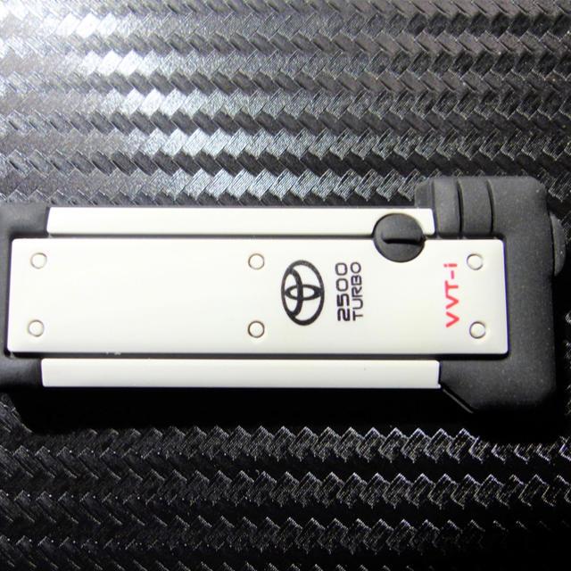 トヨタ(トヨタ)の【裏文字ピンク】1JZ-GTE エンジンヘッドカバー型キーホルダー JZX100 自動車/バイクの自動車(車種別パーツ)の商品写真